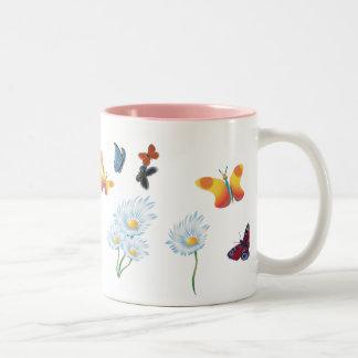 Butterflies & Daisies Zweifarbige Tasse