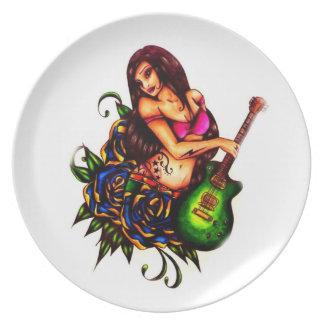 Button herauf Mädchen mit Gitarre Flacher Teller