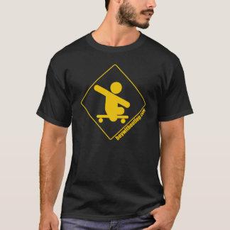 BWOL Logo - Gelb auf Schwarzem T-Shirt