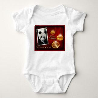 c-2011-panda-0071 baby strampler