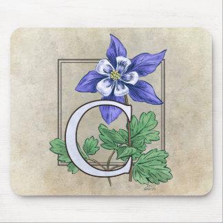 C für Columbine-Blumen-Monogramm Mousepad