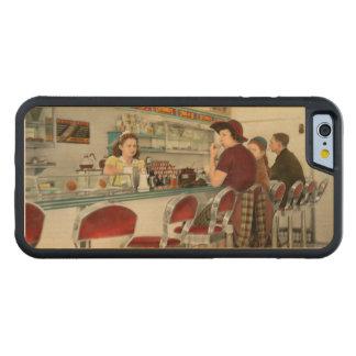 Café - der lokale Treffpunkt 1941 Bumper iPhone 6 Hülle Ahorn