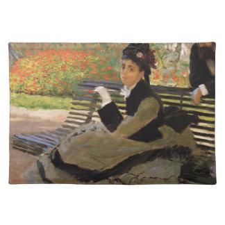 Camille Monet auf einer Garten-Bank - Claude Monet Tischset