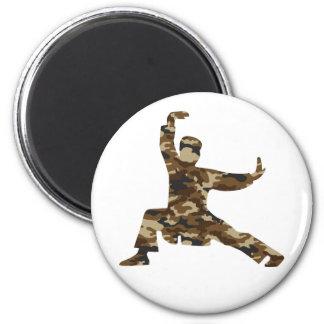 Camouflage-Kriegskunst-Mann-Silhouette Runder Magnet 5,1 Cm