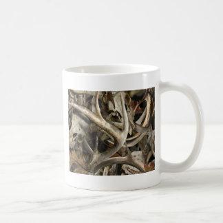 Camouflage-Rotwild-Schädel Kaffeetasse
