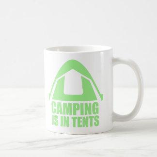 Camping ist in den Zelten Kaffeetasse