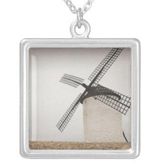 Campo de Criptana, antike La Mancha Windmühlen Halskette Mit Quadratischem Anhänger