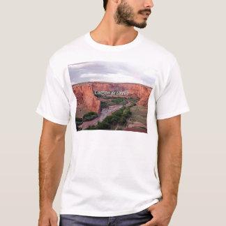 Canyon de Chelly, Arizona, am Sonnenuntergang T-Shirt