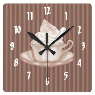 Cappuccino Uhren