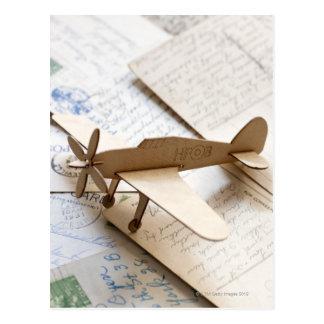 Carboard Flugzeug auf Postkarten