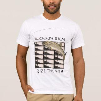 Carpe Diem ergreifen den Fisch-T - Shirt
