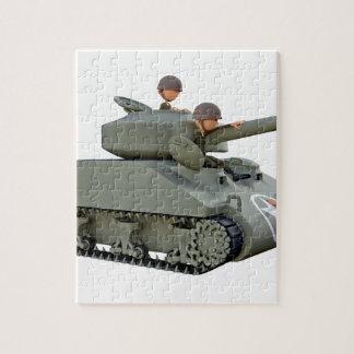 Cartoon-Behälter und Soldaten an der Leichtigkeit Puzzle