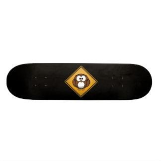 Cartoon-Eulen-Warnzeichen Skateboard Deck