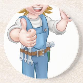 Cartoon-Frauen-Elektriker, der Schraubenzieher Untersetzer