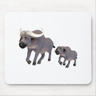 Cartoon-Kap-Büffel-Vater u. Sohn Mousepad