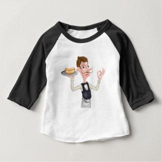 Cartoon-perfekter Würstchen-Butler Baby T-shirt