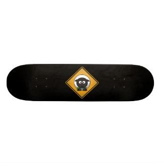 Cartoon-Schaf-Warnzeichen Skateboard Bretter