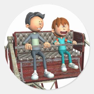 Cartoon-Vater und Sohn auf einem Riesenrad Runder Aufkleber