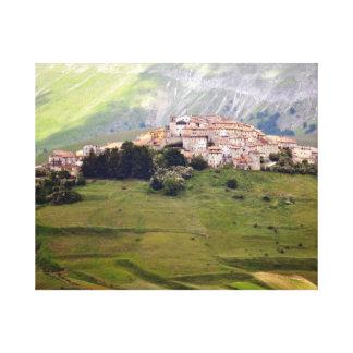 Castelluccio - Bergdorf in Umbrien - Italien Leinwanddruck