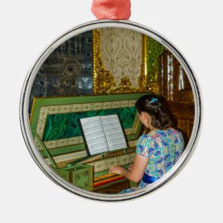Catherine großer Palast Tsarskoye Selo Harpsichor Rundes Silberfarbenes Ornament