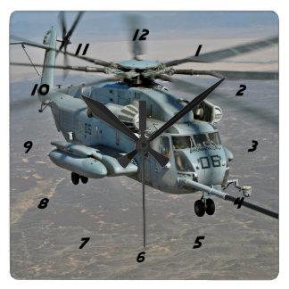 CH-53E auf Brennstoffaufnahme-Auftrag-Uhr Quadratische Wanduhr