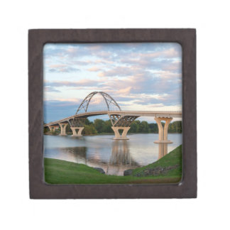 Champlain Brücke Schmuckkiste