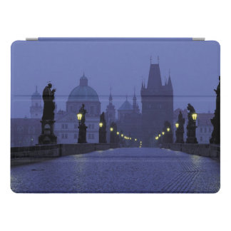 Charles-Brücke Prag iPad Pro Hülle