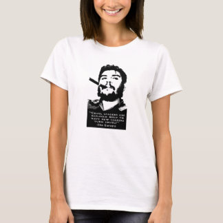 Che Guevara, der eine kubanische Zigarre kein T-Shirt