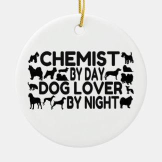 Chemiker durch Tageshundeliebhaber bis zum Nacht Rundes Keramik Ornament