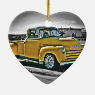 Chevy Pick Up Keramik Herz-Ornament