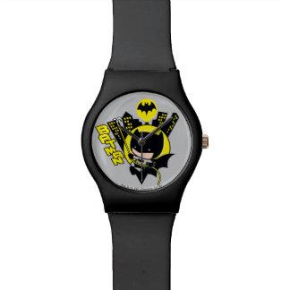 Chibi Batman, der die Stadt einstuft Uhr