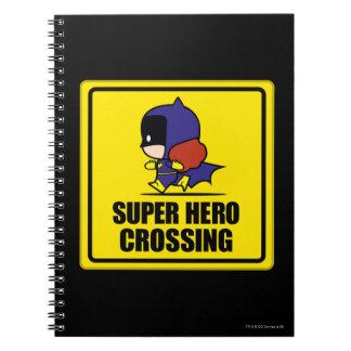 Chibi Batwoman-Superheld-Überfahrt-Zeichen Notizblock