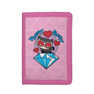 Chibi Catwoman, der auf großem Diamanten sitzt