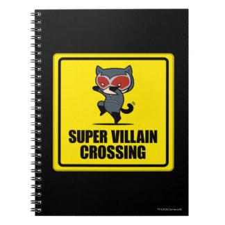 Chibi Catwoman-Superschuft-Überfahrt-Zeichen Spiral Notizblock