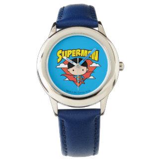 Chibi Supermann-Tupfen-Schild und Name Uhr