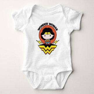 Chibi Wunder-Frau mit Tupfen und Logo Baby Strampler