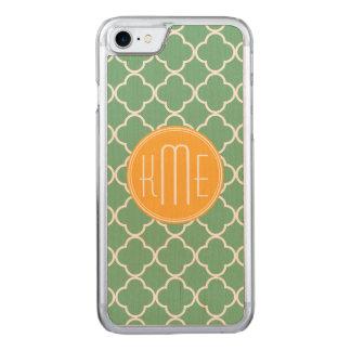Chic aquamarines grünes Quatrefoil mit gelbem Carved iPhone 8/7 Hülle