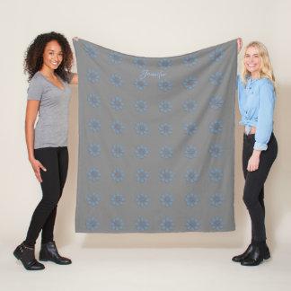 Chic-blaues Grau-Verzierungs-Blumen-Muster-Decke Fleecedecke