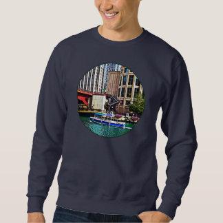 Chicago IL - Wasser-Taxi durch Sweatshirt