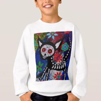 Chihuahua Dia De Los Muertos durch Prisarts Sweatshirt