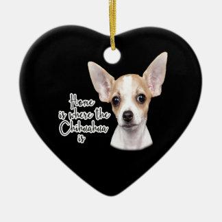 Chihuahua Keramik Herz-Ornament