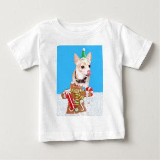 Chihuahuahund, der Lebkuchenmann isst Baby T-shirt