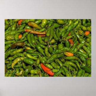 Chilis für Verkauf am Markt Poster