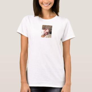 Chillin! T-Shirt