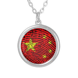 Chinesische Fingerabdruckflagge Halskette Mit Rundem Anhänger