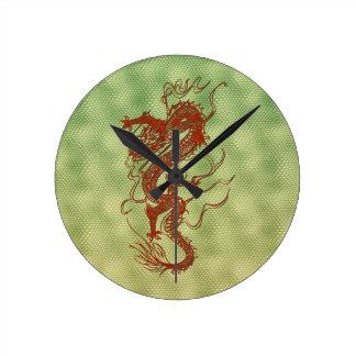 Chinesische rote runde wanduhr