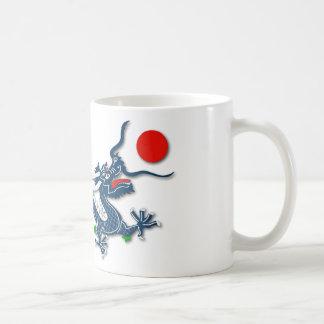Chinesischer blauer Drache auf Weiß Kaffeetasse