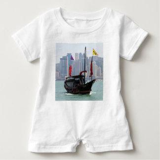 Chinesischer Kram, Hong Kong 2 Baby Strampler