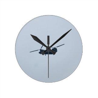 Chinook-Hubschrauber Runde Wanduhr