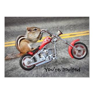 Chipmunk-Radfahrer, der ein Motorrad reitet 12,7 X 17,8 Cm Einladungskarte
